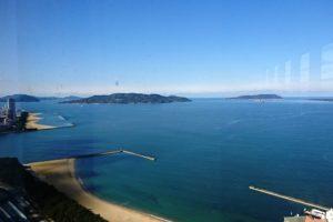 福岡タワーから望む能古島