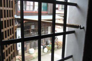 肥前鹿島の酒蔵通り、蔵の窓
