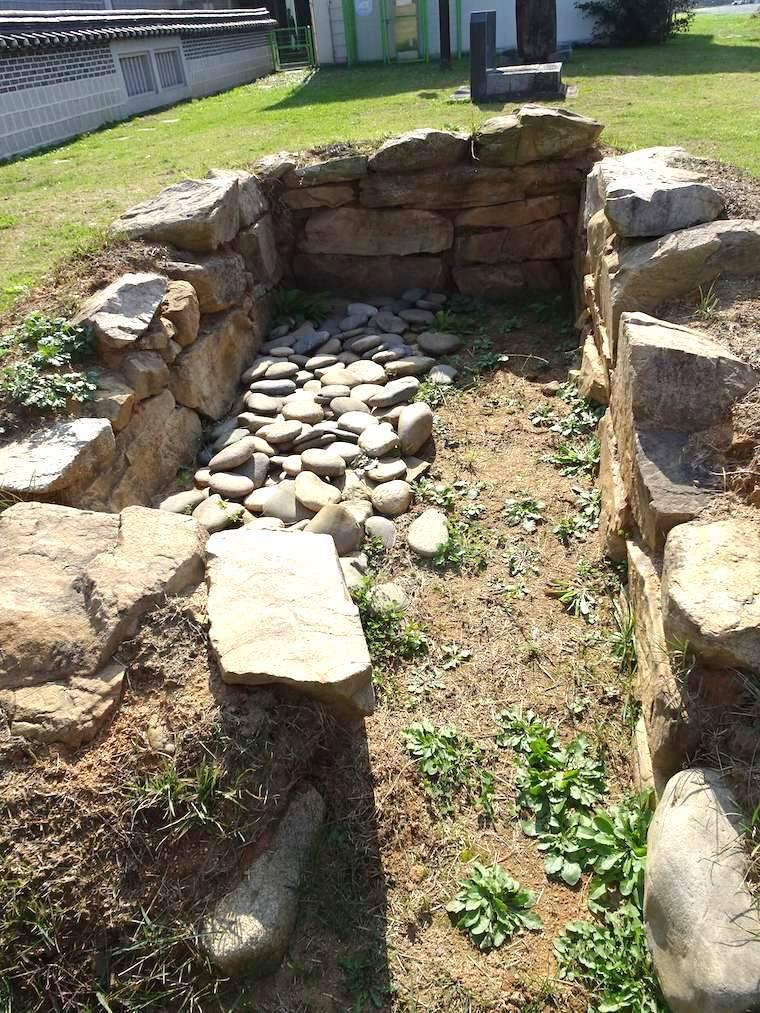 忠州博物館の移築石室