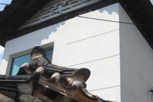 ソウル北村の街並みの屋根新旧