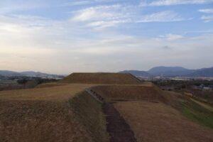 焼ノ峠古墳は九州最大規模の前方後方墳
