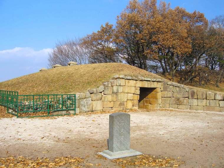 石氷庫、これは朝鮮王朝英祖時代のもの